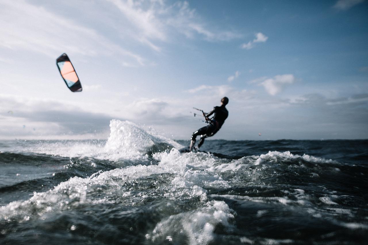 Lär dig kitesurfa på Öland
